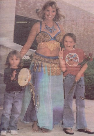 Cari Bell-Perlingiero and her two children